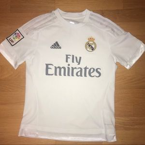 Adidas Fly Emirates soccer jersey boys large